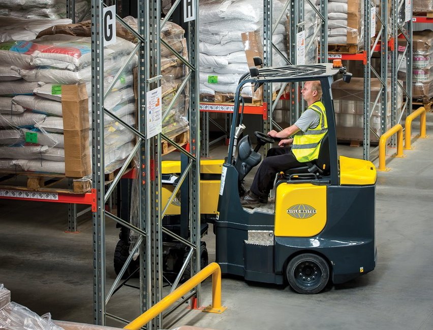 Aislemaster Articulated Forklift Trucks